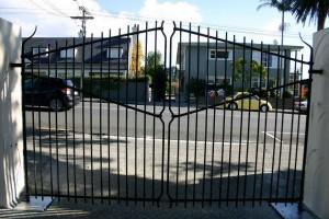 Victoria Ave Gates